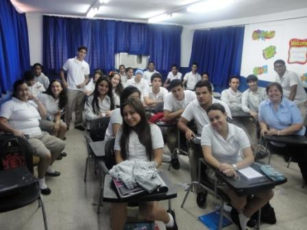 Presentación del Programa ¿Cuánto Sabes de VIH y Sida? en The Lincoln Academy Panamá