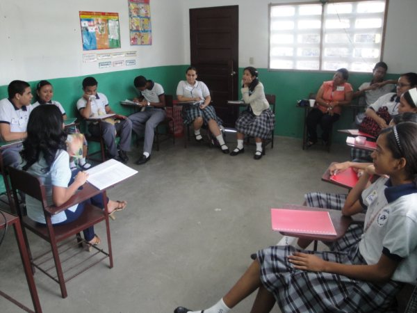 Inicia Grupo de Formación de Agentes Multiplicadores en la Prevención del VIH en la Escuela Gabriela Mistral