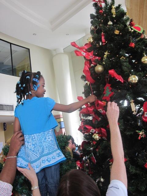 Encendido del Arbol de Navidad en el Hospital del Niño