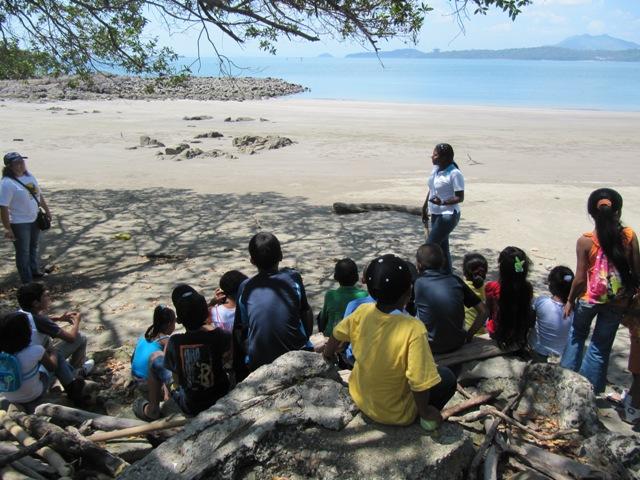 Paseo al Centro Natural de Punta Culebra